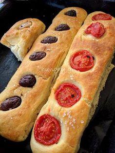 Μπαγκέτες χωρίς Ζύμωμα Bread Art, Food Gallery, Sweets Recipes, Greek Recipes, Hot Dog Buns, Bakery, Food And Drink, Pizza, Vegetarian