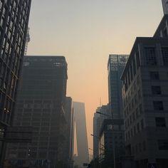 «Beijing early morning in the haze»