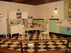Inspirations: 1950's Kitchens