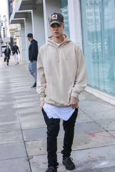 Justin Bieber News, Pictures and Videos | Bieber-news.com