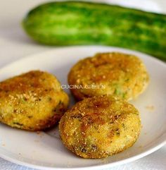polpette di zucchine in forno o in padella Veg Recipes, Italian Recipes, Vegetarian Recipes, Cooking Recipes, I Love Food, Good Food, Yummy Food, Cena Light, Kenwood Cooking