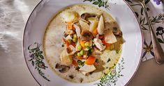 Nyírségi gombócleves csirkével recept   Street Kitchen Pho, Hummus, Tacos, Mexican, Ethnic Recipes, Kitchen, Street, Cooking, Kitchens