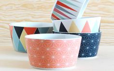 Geometric graphic on Ikean bowlls..
