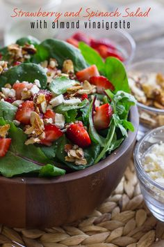 STRAWBERRY AND SPINACH SALAD WITH ALMOND VINAIGRETTE
