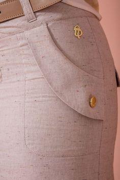 Terminación para bolsillo de pantalón - #bolsillo #coserfalda #de #Faldapantalon #Faldastubo #Pantalon #para #Patróndepantalones #Patronesdecosturafaldas #Terminación Salwar Pants, Sewing Pockets, Costura Fashion, Western Dresses, Fashion Sewing, Skirt Pants, Sewing Clothes, Skirt Outfits, Fashion Details
