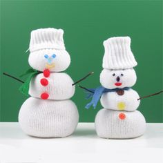 Crafts	 :	 	Sock Snowmen