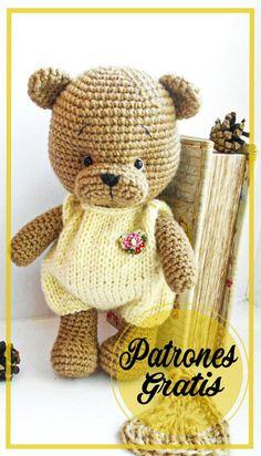 Lindo Oso de peluche amigurumi patrón gratis Crochet Teddy, Crochet Bear, Crochet Baby Hats, Crochet Patterns Amigurumi, Cute Crochet, Amigurumi Doll, Crochet Animals, Crochet Dolls, Amigurumi Free