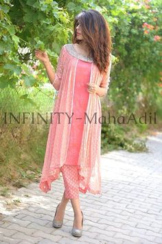 Pinky fairy angel look, Pakistan Stylish Dresses, Casual Dresses, Fashion Dresses, Pakistani Outfits, Indian Outfits, Pakistani Fashion Casual, Look Short, Hijab Style, Kurti Designs Party Wear