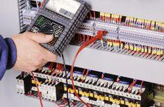 Un Electricien saint denis est celui qui est capable de mettre dans une bonne place toutes les installations électriques d'un bâtiment. Afin de réaliser une tâche, le professionnalisme joue actuellement un rôle très important et également la vie est mise en jeu.