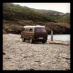 Unser Stellplatz am Strand von Korsika. Ein Roadtrip auf einer wunderschönen Insel.