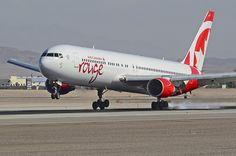 C-GHPE Air Canada Rouge Boeing 767-33A(ER) - cn 33423 / ln 897