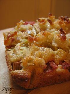 marzipan rhubarb cake