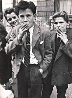 1956-Teddy-boys-and-girls-C