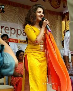 during a function! Rose Actress, Honey Rose, Thing 1, Happy Women, Beauty Full Girl, Saree Styles, Indian Beauty Saree, India Beauty, Indian Girls