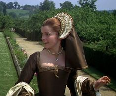 Anne of the Thousand Days - Anne Boleyn Wives Of Henry Viii, King Henry Viii, British Costume, Catherine Of Aragon, Period Movies, Medieval Dress, Anne Boleyn, Universal Pictures, Elizabeth Taylor