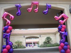 Music notes arch by Balloons Dream Best Picture For hot air Balloon Decorations For Your Taste You are looking for something, and it is going to tell you exactly what you are looking for, and you didn Music Centerpieces, Balloon Centerpieces, Balloon Decorations Party, Balloon Arrangements, Balloon Arch, Balloon Garland, The Balloon, Hot Air Balloon, Music Themed Parties