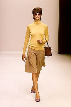 Prada Spring 2000 Ready-to-Wear Fashion Show Collection