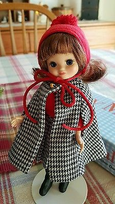 Tonner-Tiny-Betsy-Mccall-8-doll-set