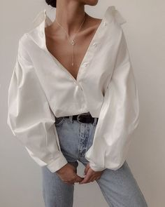 Puff sleeve cotton blouse A luxe 70 count cotton compact yarn shirt treated with liquid ammonia Looks Street Style, Looks Style, Looks Cool, Mode Outfits, Casual Outfits, Fashion Outfits, Womens Fashion, Fashion Tips, Casual Shirt