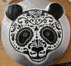 What an amazing cake!  http://www.threadcakes.com/entries/view/1378#