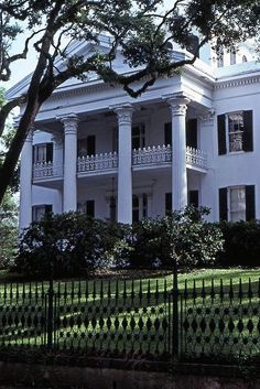 Architecture ~ Southern Plantation Style