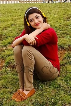 Kajal Aggarwal Most Beautiful Indian Actress, Beautiful Actresses, Kajal, Girls Dp Stylish, Actress Wallpaper, Indian Teen, South Indian Actress, Bollywood Stars, Girl Poses