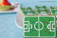 Soccer cookies...awesome! Soccer Cupcakes, Football Cookies, Kids Soccer, Soccer Party, Football Soccer, Cookie Designs, Cookie Ideas, Party Themes, Party Ideas