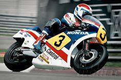 Freddie Spencer on his three-cylinder Honda Motogp, Japanese Motorcycle, Retro Motorcycle, Freddie Spencer, Honda Motors, Motosport, Racing Motorcycles, Valentino Rossi, Road Racing