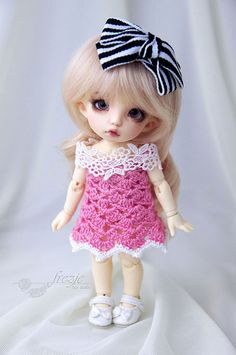 Pink crocheted dress for PukiFee Lati Yellow by frezje on Etsy