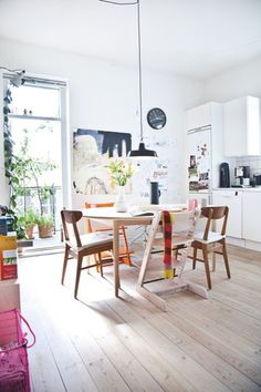 AT HOME WITH LINE JUHL HANSEN