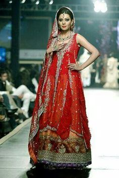 af38f45d4301b Pakistani Bridal Lehenga And Dupata Style Collection