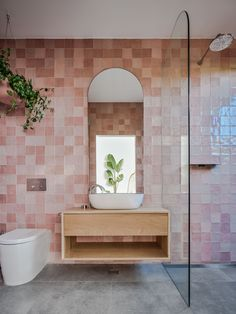 Choosing the best shower screen for your space during a bathroom renovation means you need to think about t. Bathroom Trends, Modern Bathroom, Bathroom Ideas, Master Bathroom, Blush Bathroom, Master Baths, Bathroom Layout, Bathroom Designs, Bathroom Organization