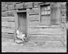 Home of Alfred Bledsoe on Clear Creek Road near Loyston, Tennessee. This cabin is about one hundred years old, October 1933