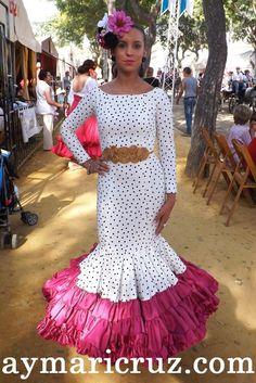 Traje flamenca Floral Maxi Dress, Dot Dress, Dress Skirt, Flamenco Costume, Flamenco Dancers, Classy Gowns, Fiesta Outfit, Mode Simple, Spanish Fashion