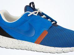 nike roshe run nm military blue 01 570x425 Nike Roshe Run NM Military Blue