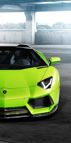 Bow down to this BEAST: The 2015 Aventador Verde Ithica #WildWednesday #spon | Whether you're interested in restoring an old classic car or you just need to get your family's reliable transportation looking good after an accident, B  B Collision Corp in Royal Oak, MI is the company for you! Call (248) 543-2929 or visit our website www.bandbcollision.com for more information!