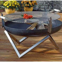 A contemporary design, high quality hand-finished solid steel fire pit with a stainless steel grill grate. Its features will complement many outdoor Más Fire Pit Grill Grate, Fire Pit Top, Metal Fire Pit, Concrete Fire Pits, Grill Grates, Design Barbecue, Bbq Grill Parts, How To Clean Bbq, Weathering Steel