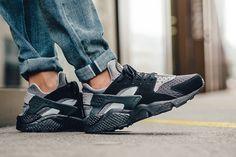 "Nike Air Huarache SE ""Black, Wolf Grey & Anthracite"" - EU Kicks Sneaker Magazine"