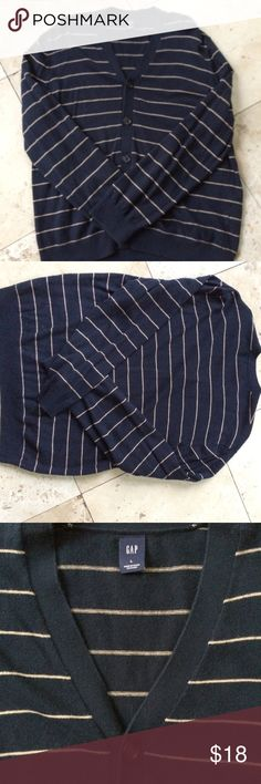 Gap Striped Sweater No holes or stains GAP Sweaters