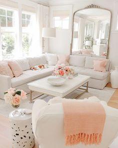 Living Room Interior, Home Living Room, Home Interior Design, Living Room Designs, Living Room Decor, Bedroom Decor, Chic Living Room, Living Room Inspiration, Home Decor Inspiration