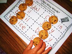 chips ahoy cookies to practice oi/oy words!  printable