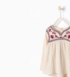 b8d186ff7c56f 韓国子供服:トップス · Image 4 de Chemise brodée de Zara ザラ