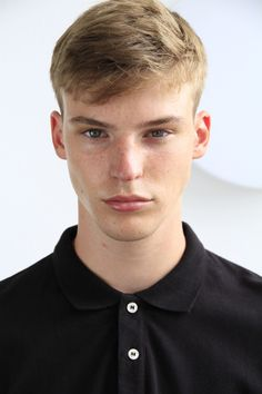 Ruben Kaemingk with Brooks Modeling Agency Netherlands. Low Fade Haircut, Fantasy Female Warrior, Natural Eyebrows, Face Reference, Model Face, Face Claims, Model Agency, Cute Guys, Male Models