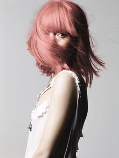 dusty pink short hair bangs