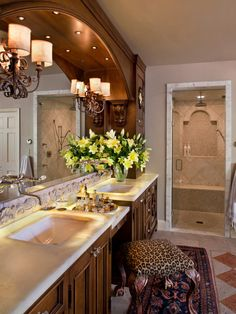 Mediterranean Bathroom Design, Pictures, Remodel, Decor and Ideas - page 25