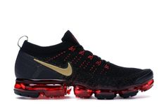 Nike Shoes For Boys, New Nike Shoes, Black Nike Shoes, Nike Air Shoes, Best Sneakers, Air Max Sneakers, Sneakers Nike, Nike Trainers, Nike Retail
