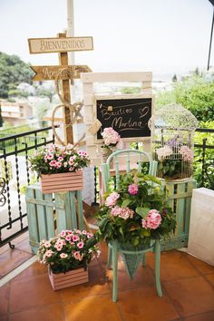 Shabby chic wedding shower high tea ideas for 2019 Stage Decorations, Bridal Shower Decorations, Wedding Decorations, Chic Wedding, Rustic Wedding, Wedding Ideas, Bridal Shower Rustic, Style Vintage, Flower Arrangements