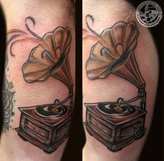 Gramophone done by erica Cyr #ascendingkoi #tattoos #gramophone #recordplayer #music