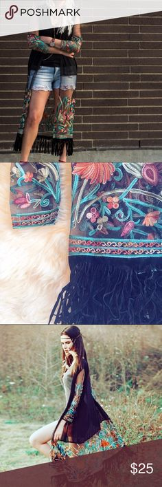 Pull over chochella top Embroidered and has tassels Tops