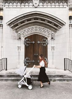 I've Found the Greenest Stroller on the Planet — Sustainably Chic Baby Cover, Carters Baby Boys, Eco Friendly House, Baby Education, Baby Safety, Twin Babies, Baby Essentials, Kids Nutrition, Baby Disney